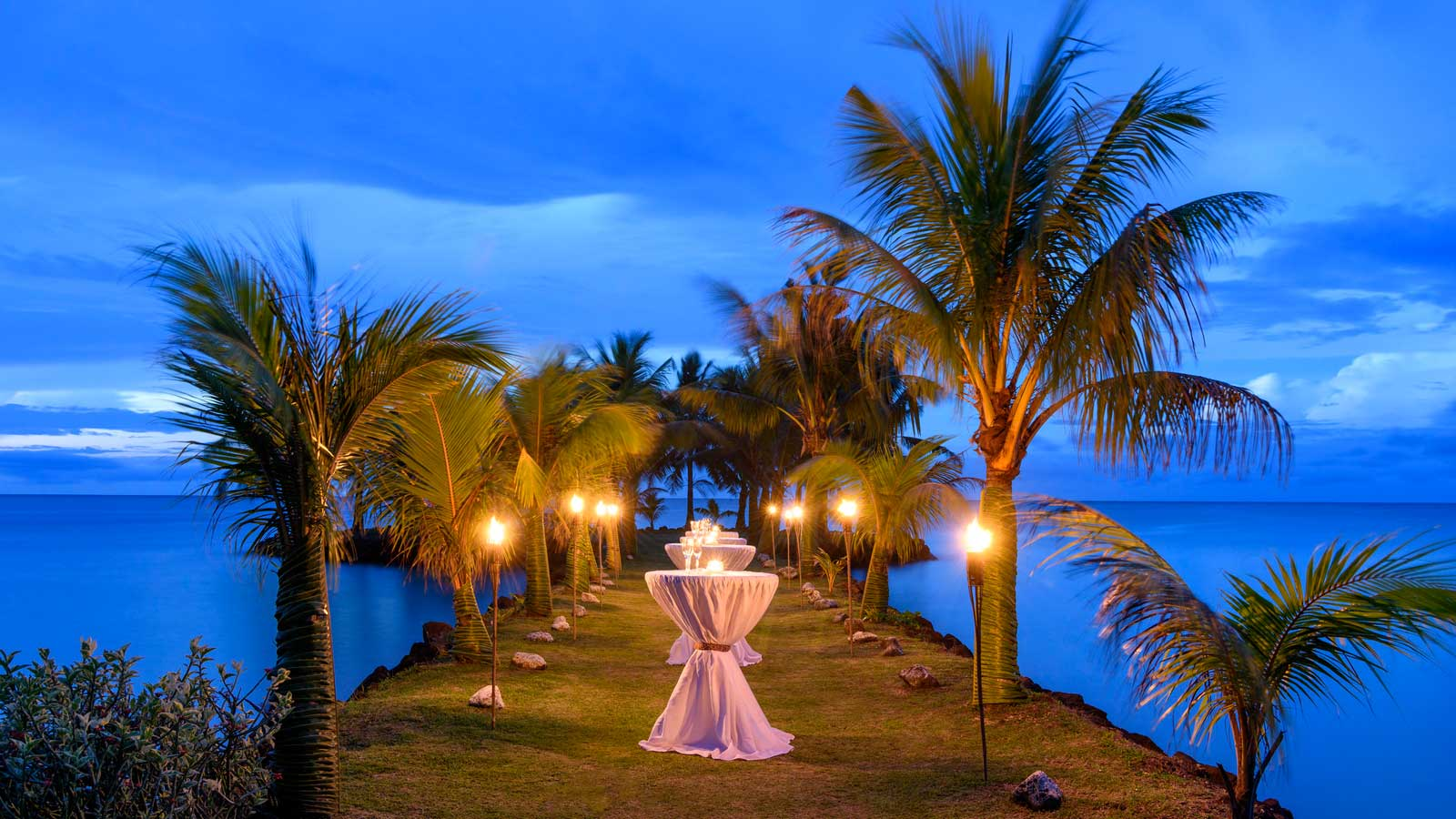 Sheraton Samoa Beach Resort - Beach Wedding Venue